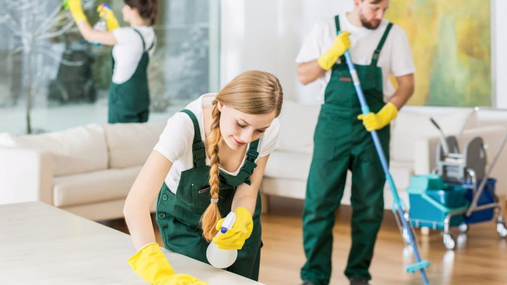 Cleaning tips for your airbnb during covid-19