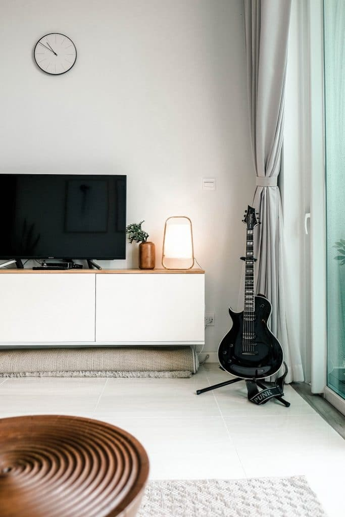 Airbnb electronics must-have: TV streaming